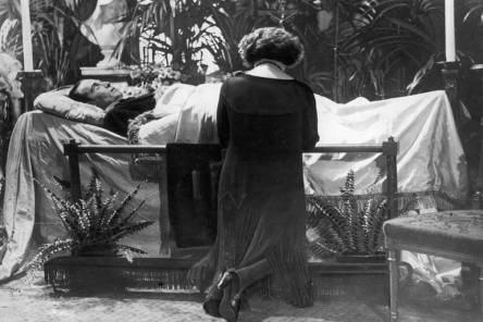 valentino-funeral